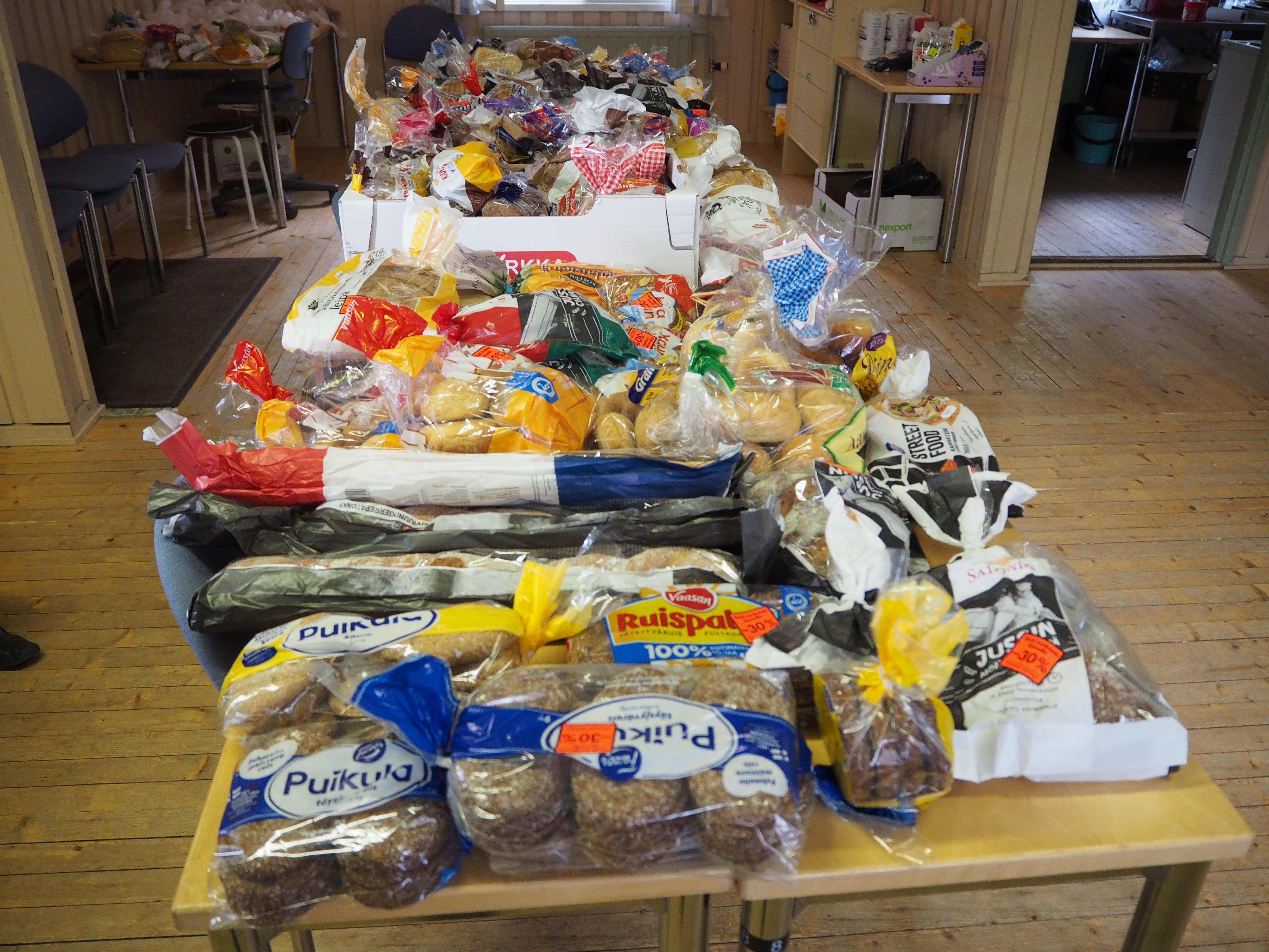 Saukkolan kylätoimintayhdistys ry jakaa vähävaraisille ruokaa